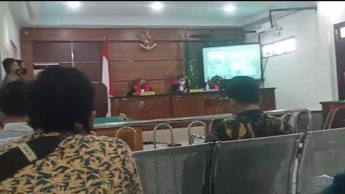 Pembakaran Alat Berat Milik PT LAJ, Terdakwa Junawal Divonis 4,6 Tahun Penjara
