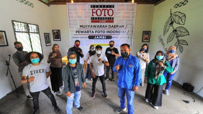Jurnalis Tribun Jambi Aldino Nahkodai PFI Jambi Periode 2021-2024