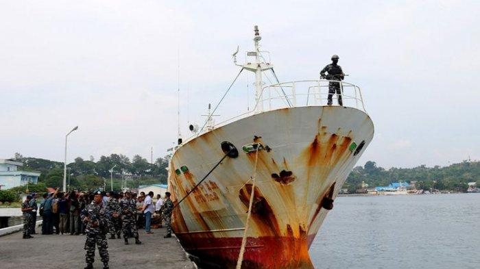 Andrey Dolgov yang 10 Tahun Rampok Ikan Indonesia Ditangkap, TNI AL Beraksi Kepung Kapal