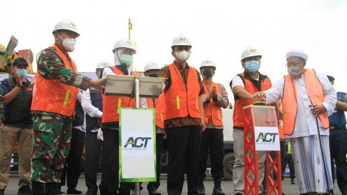 Pelepasan Kapal Kemanusiaan yang membawa 1.000 ton bantuan logistik untuk korban banjir di Kalimantan Selatan