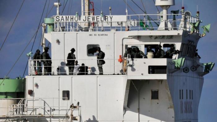 Keberhasilan  Kopassus, Denjaka, Kopaska Tumpas 35 Perompak Somalia