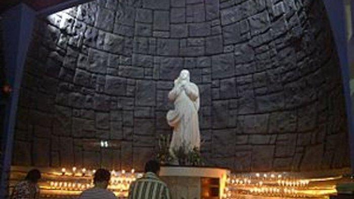 Gereja Santa Maria Tak Bercela, Pastor yang Sakit Sampai Bom Meledak di Halaman