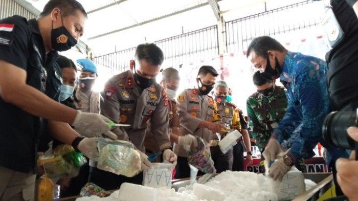 44 Kg Sabu dan Ribuan Ekstasi Dimusnahkan, 22 Tersangka dari Kasus Berbeda Ditahan Polda Jambi