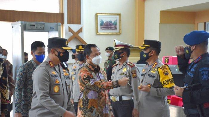 Kapolda Jambi Irjen Rachmad Wibowo Sambut Kedatangan Mendagri ke Kota Jambi