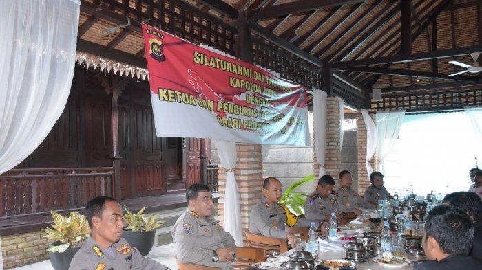 Kapolda Jambi Gelar Tatap Muka dan Silaturahmi Bersama Ormas Senkom, Rapi, dan Orari Provinsi Jambi