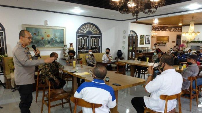 Kapolda Jambi Silaturahmi Bersama Tomas, Tokoh Agama dan Mahasiswa Asal Papua di Jambi