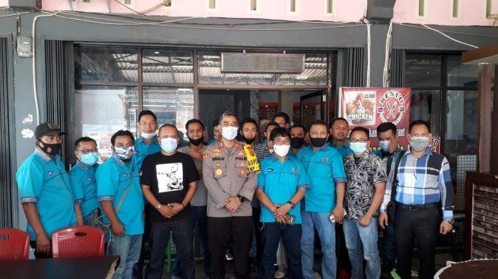 Kapolres Merangin AKBP Irwan Andy P ngumpul bersama Forum Wartawan Merangin