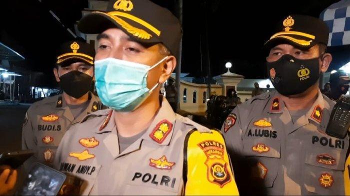Antisipasi Penyebaran Covid-19, Kerumunan Masyarakat di Kota Bangko Dibubarkan Polisi