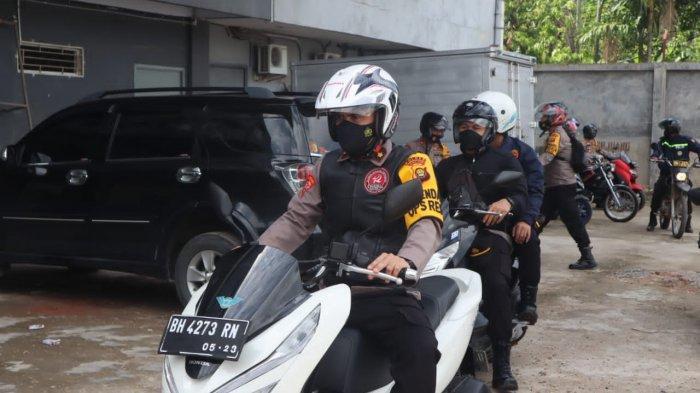 Kapolres Muarojambi Patroli Pakai Sepeda Motor, Pastikan Tempat Wisata Tidak Ada yang Beroperasi