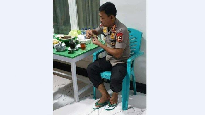 Postingan IG @polrestajambi Tampilkan Pria Pangkat Empat Bintang Ngemil dan Minum Teh, Sederhana