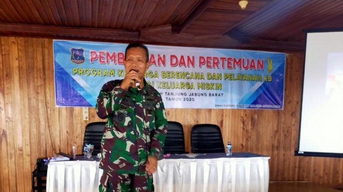 Peran TNI Dalam Menyukseskan Program Kependudukan KB di Wilayah Kodim 0419/Tanjab Barat