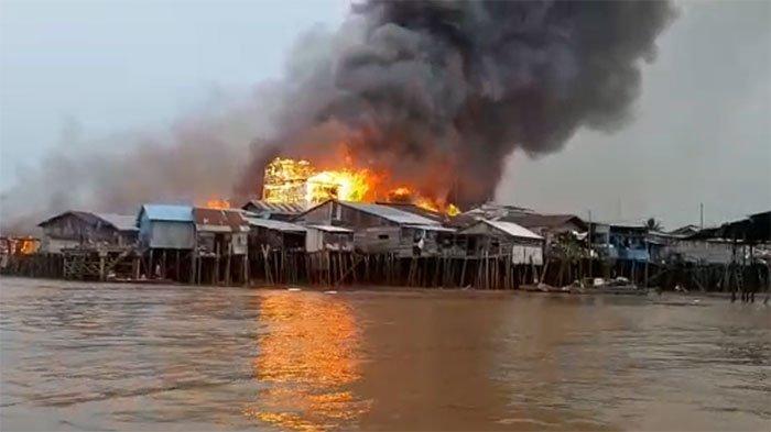 Tim Inafis Polda Jambi Ambil 12 Item Sampel Diduga Pemicu Kebakaran di Mendahara Tengah