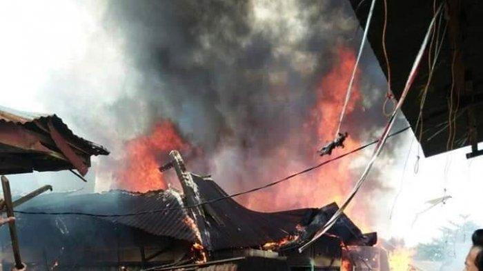 Pasar SPA Kuamang Kuning, Bungo, Jambi, Terbakar, Dalam 90 Menit, Api Hanguskan 12 Kios