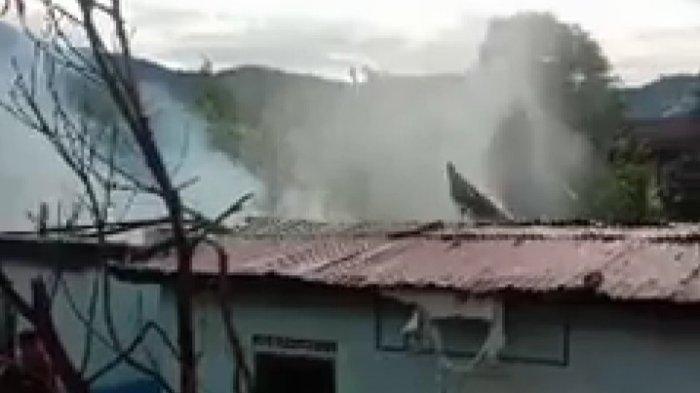 BREAKING NEWS Asap Membumbung dari SMA 1 Sungai Penuh