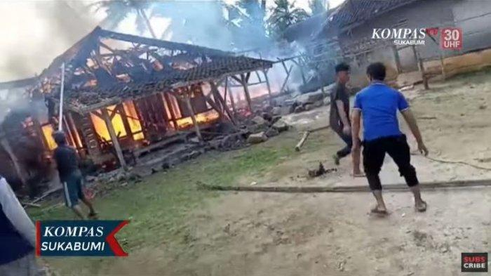 Video Dua Rumah di Sukabumi Terbakar, Warga Potang-panting Padamkan Api