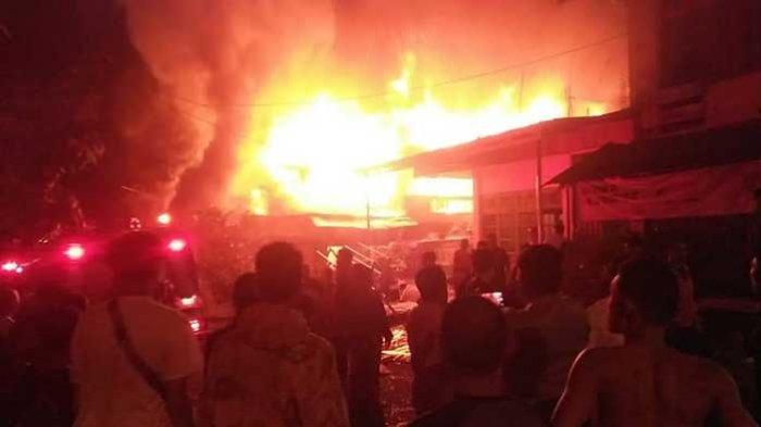 Lima Rumah Ludes Terbakar di Pondok Tinggi Kota Sungaipenuh
