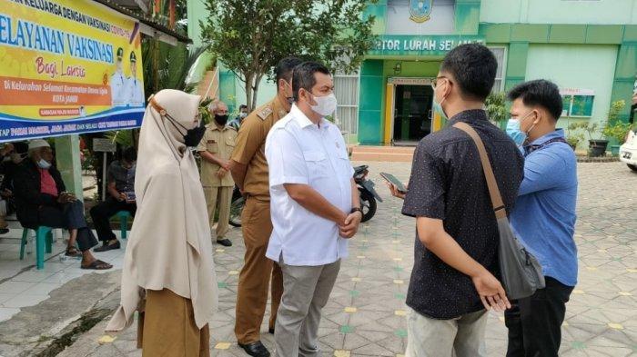 Kemas Faried Desak Kelurahan Aktif Mendata Lansia yang Sudah dan Belum Vaksin
