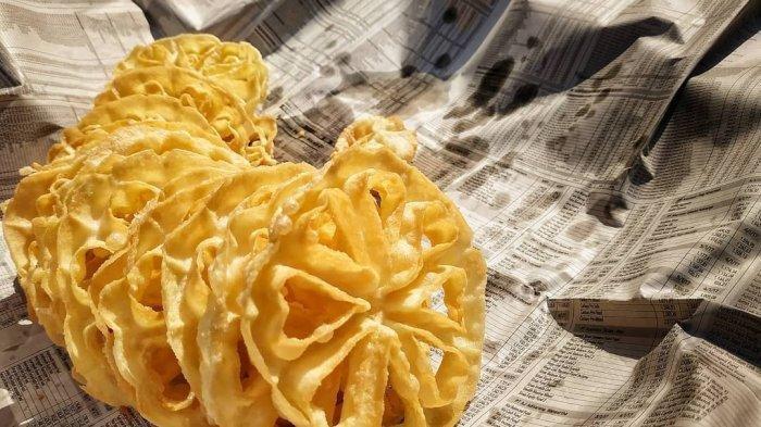 Cara Membuat Kue Kering Tanpa Oven, Ada Kembang Goyang yang Renyah dan Onde-onde Ketawa