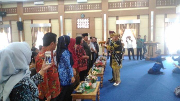 Kementrian Pendidikan dan Kebudayaan RI, Janji Lestarikan Rumah Adat Larik di Kota Sungai Penuh