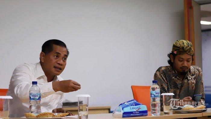 Direktur Pencegahan BNPT Brigjen Pol Ahmad Nur Wahid bersama Pendiri NII Crisis Center Ken Setiawan saat mengikuti sesi wawancara khusus dengan Tribun Network di Gedung Tribunnews, Jakarta Pusat, Kamis (1/4/2021). Pada pembahasan kali ini mengangkat isu terorisme yang ada saat ini.