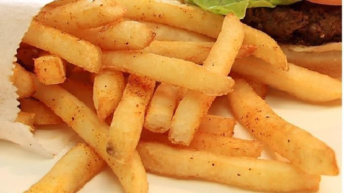 Menu Buka Puasa dan Sahur, Resep Rahasia Bikin Kentang Goreng Renyah Ala KFC Resto Cepat Saji