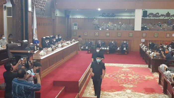 Ketua DPRD Provinsi Jambi Umumkan Al Haris-Abdullah Sani Jadi Gubernur dan Wakil Gubernur Jambi