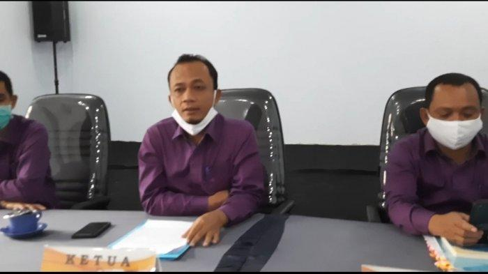 KPU Bungo: Alat Peraga Sosialisasi Paslon Harus Dibersihkan Sebelum Masa Kampanye