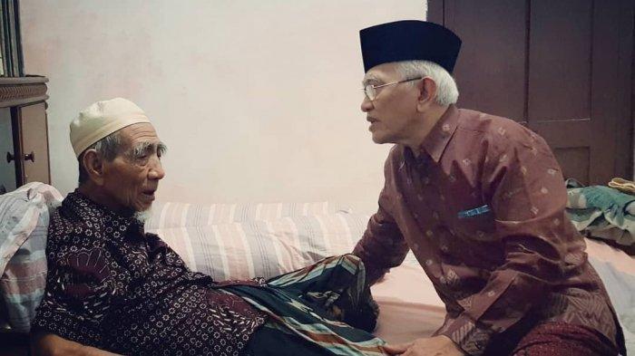 Terungkap, Mbah Maimun Ternyata Sempat Dilarang Anaknya Naik Haji, Harapan Terakhir ke Gus Mus