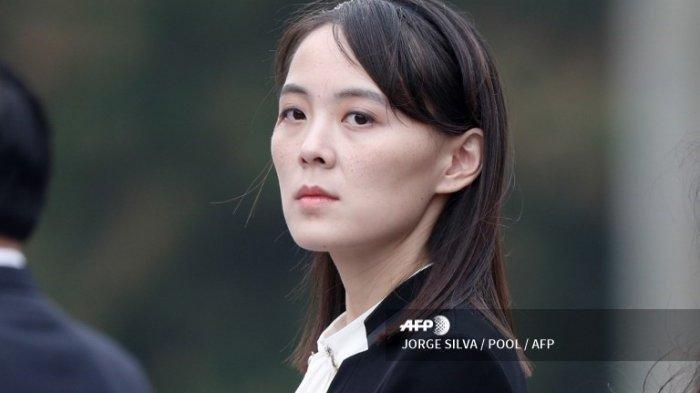 Kim Yo Jong, adik perempuan Pemimpin Korea Utara, Kim Jong Un menghadiri sebuah acara di Ho Chi Minh Mausoleum, Hanoi, 2 Maret 2019.