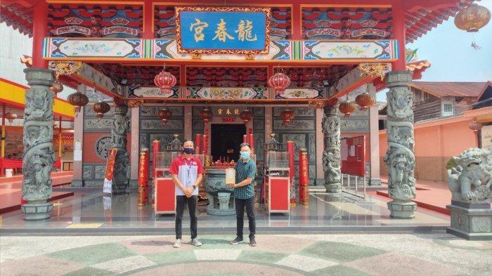 Pemberian tea seat untuk Klenteng Leng  Chun Keng