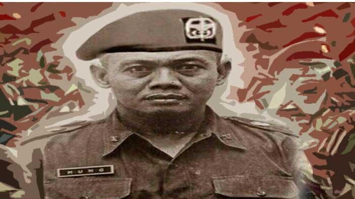 Kisah Danjen Kopassus Kolonel Moeng Tunjukan Cara Bertahan di Hutan Hanya Berbekal Pisau Komando