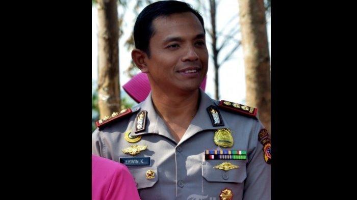 Kombes Erwin Kurniawan Ternyata Bukan Polisi Sembarangan, FPI Bagi-bagi Sembako Banjir Dibubarkan