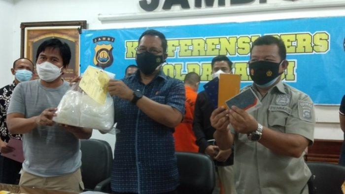 Warga Kota Jambi Kurir Narkoba Jaringan Pekanbaru Ditangkap, Bujang Kirim 3 Kg Sabu Pakai Travel