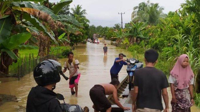 Banjir Menggenangi Sejumlah Wilayah di Merangin, Bakal Banyak Desa yang Terisolir