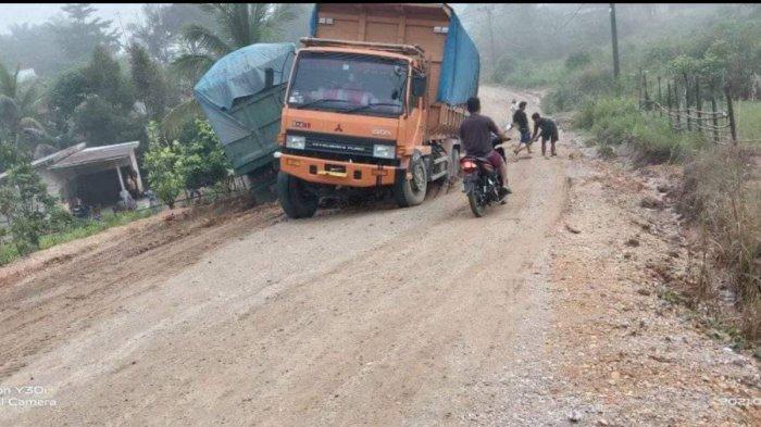 Anggota Dewan Tebo Minta Perusahaan Perhatikan Jalan yang Rusak Akibat Aktivitasnya