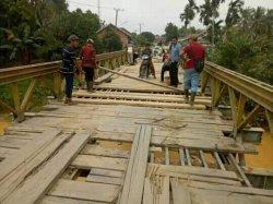 Masih Dalam Pengerjaan, Pembangunan Jembatan Mensau Sarolangun Bakal Selesai Tahun Ini