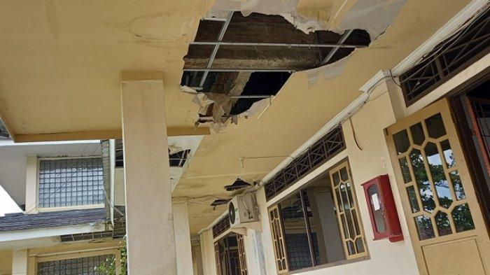 Plafon Kantor Bupati Tebo Banyak Jebol, Paling Banyak di Bagian Pintu Masuk