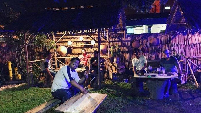 Kopi Bandung, Bukan Sekedar Tempat Ngopi Biasa, Tawarkan Suasana Pedesaan Khas Jawa Barat