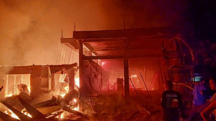Kebakaran di Parit 6 Teluk Nilau Tanjabbar Hanguskan Tiga Bangunan, Ini Keterangan Kapolsek
