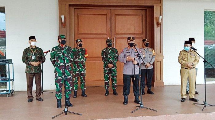 Tinjau Vaksinasi di RCC, Panglima TNI Minta Vaksinasi di Jambi Capai 50 Persen Dalam Pekan Ini