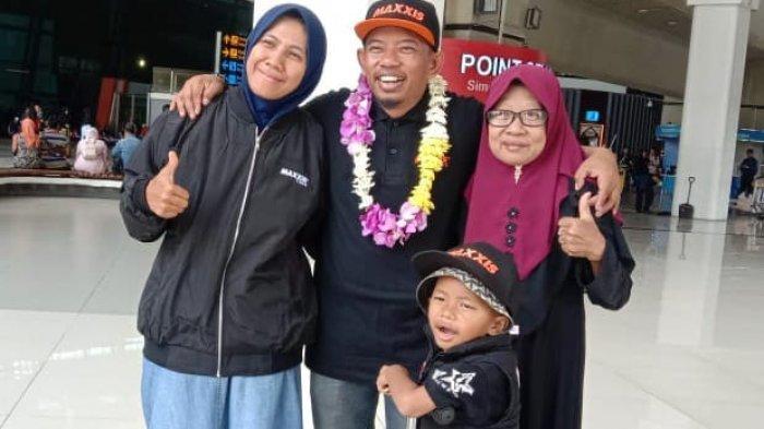 BREAKING NEWS: Tiba Selamat di Indonesia, Lilik Gunawan Disambut Puluhan Bikers, Bak Tamu Kehormatan