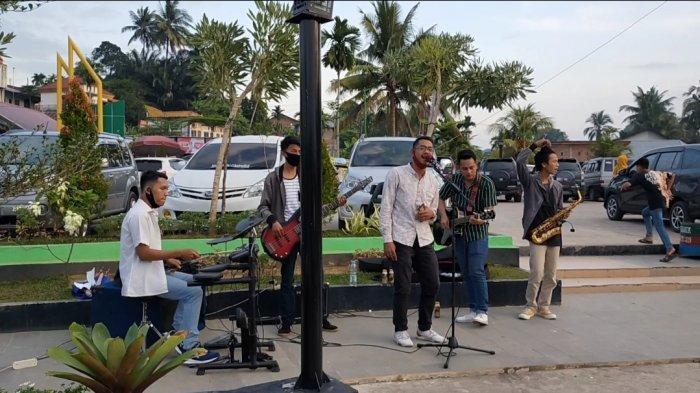 Wisata Danau Sipin Suguhkan Live Music Musisi Jalanan untuk Hibur Pengunjung di Masa Pandemi
