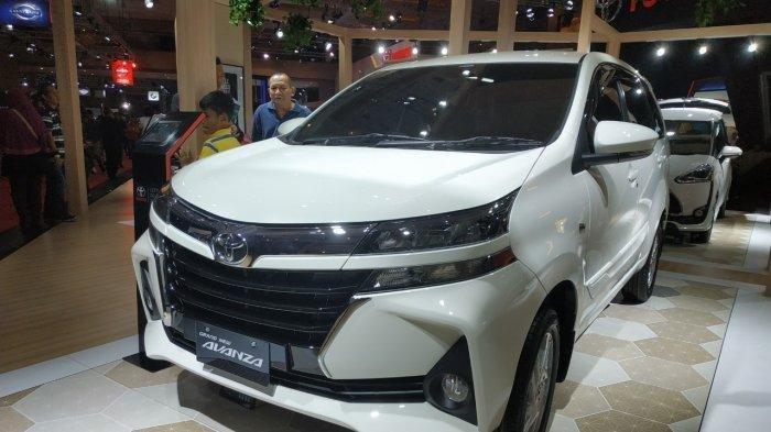 LMPV New Avanza di booth Toyota di pameran otomotif Telkomsel IIMS 2019.