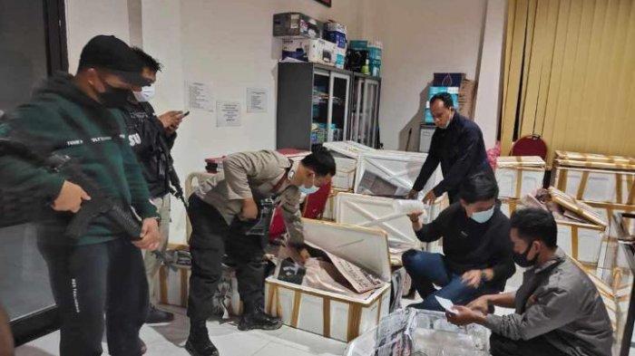 Anggota Polsek Tungkal Ilir berhasil menggagalkan penyelundupan benih lobster senilai Rp19,9 Miliar, Sabtu (19/12/2020)