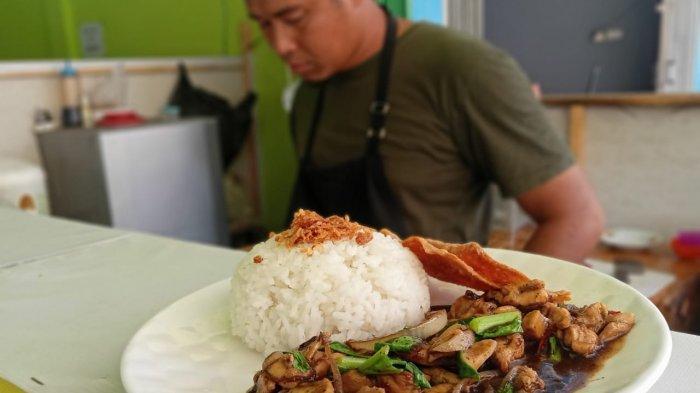 Bosan Jadi Karyawan Robi Mendirikan Outlet Mie Pangsit