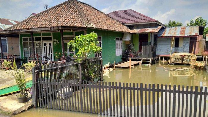 Luapan Air Sungai Batanghari Masuk ke Danau Sipin, Buat Kawasan Buluran Kenali Terendam Banjir