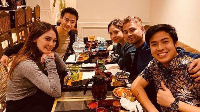 Luna Maya Ajak Pria Jepang Makan Malam Bareng Raffi Ahmad dan Nagita, Gandengan Baru Eks Ariel
