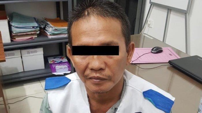 M Amin (46), seorang tukang ojek di Kota Jambi tega rudapaksa seorang wanita berinisial DS usia (42) pada Minggu (7/3/2021) lalu.
