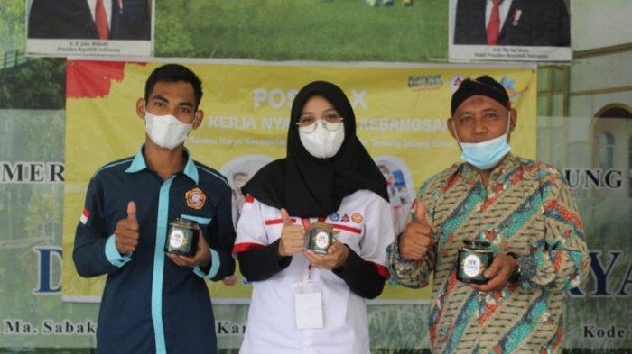 Mahasiswa KKN Kebangsaan Universitas Jambi Ini Angkat Potensi Desa Rantau Karya Kabupaten Tanjabtim