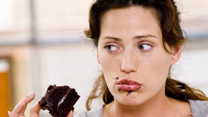 Waspada Pola Makan di Atas Jam 10 Malam, Ini Penyakit Mematikan yang Mengintai